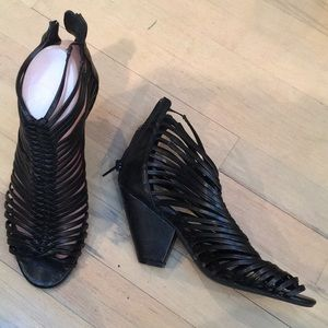 Jeffrey Campbell strappy ankle booties sandals 6.5